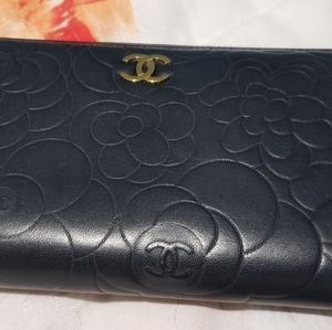 CHANEL Bags - Chanel Camellia Wallet
